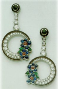 Earrings Flowers on a crescent